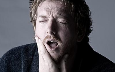 болит зуб под старой пломбой