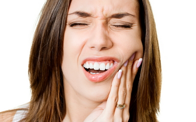 боль при жевании имплантом