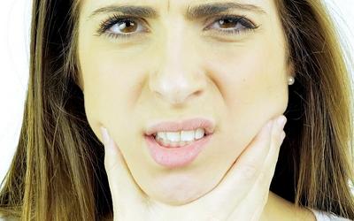 болит рот изнутри