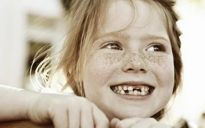 ребенок проглотил кусочек зуба