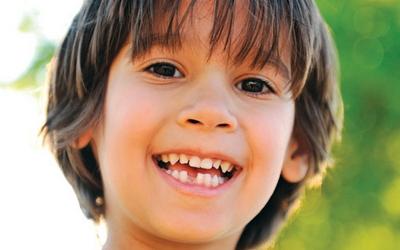 ребенок проглотил выпавший зуб